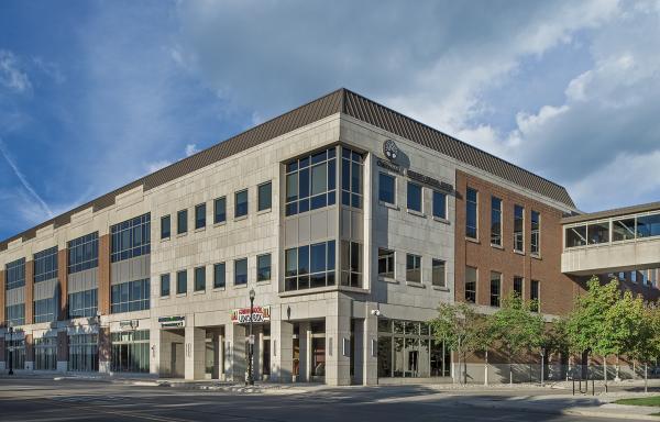 Dearborn Towne Center, Exterior