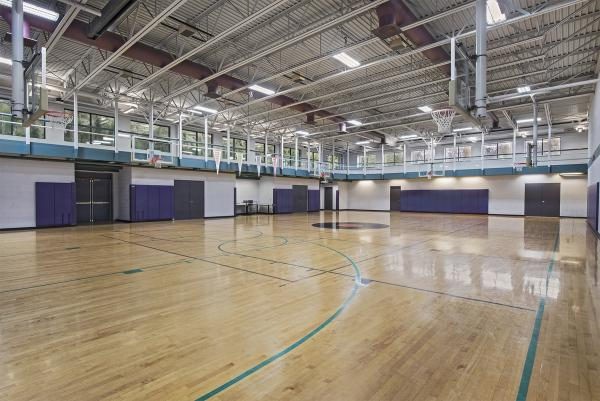 31440 Northwestern Highway, Basketball Court
